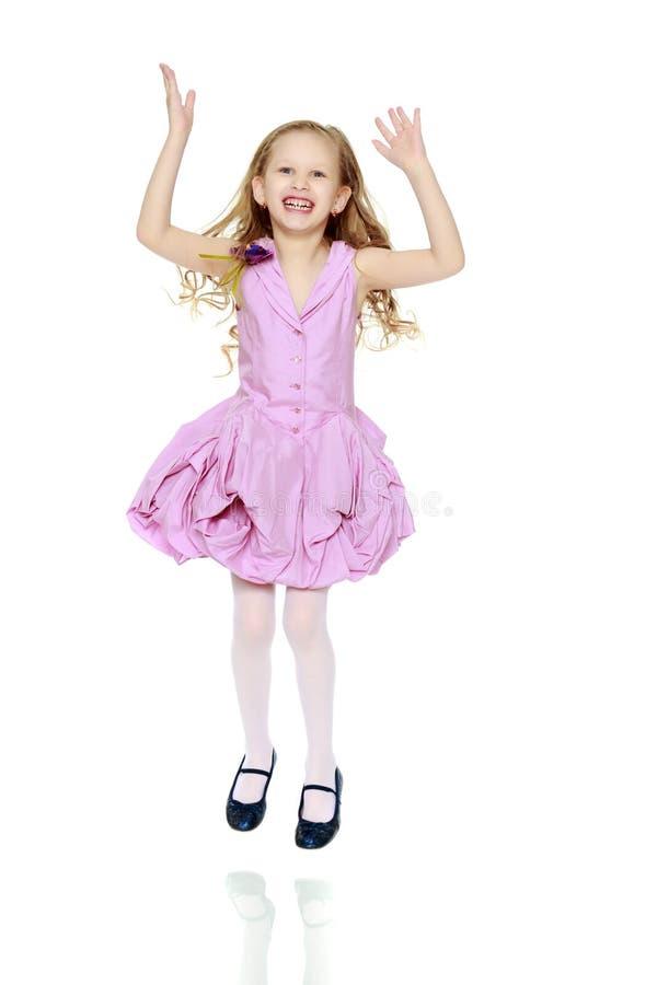 Belle petite fille 5-6 ans photos libres de droits