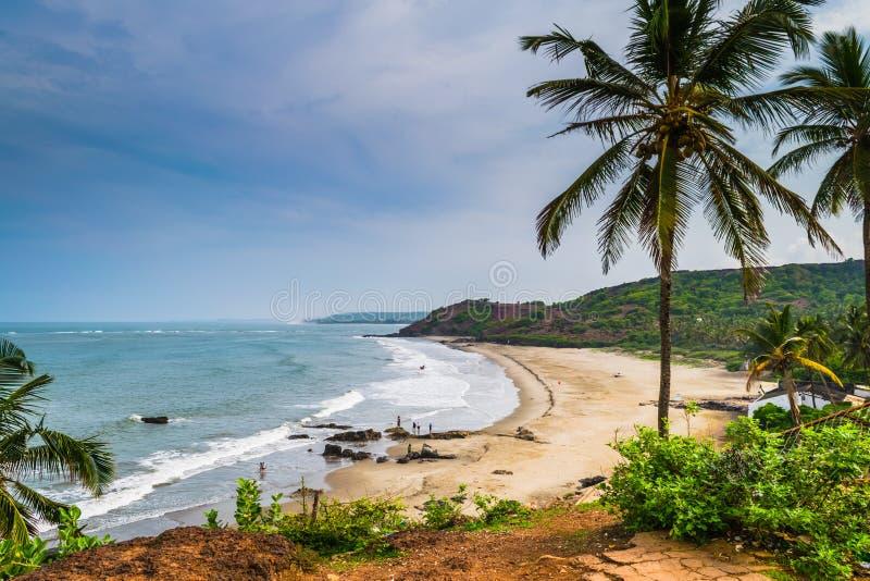 Belle plage d'Anjuna, Goa, Inde images stock