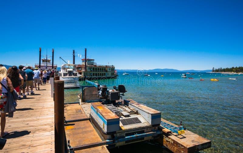 Belle plage dans le lac Tahoe, la Californie photo libre de droits