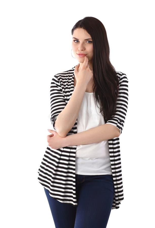 Belle position de jeune femme d'isolement contre photos stock