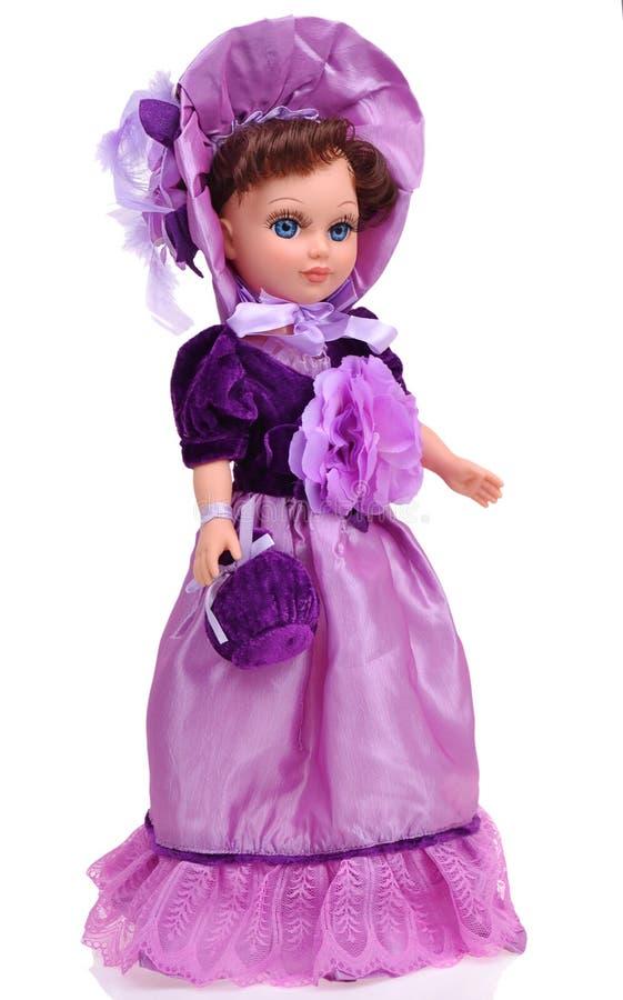 Belle poupée avec les vêtements traditionnels images libres de droits