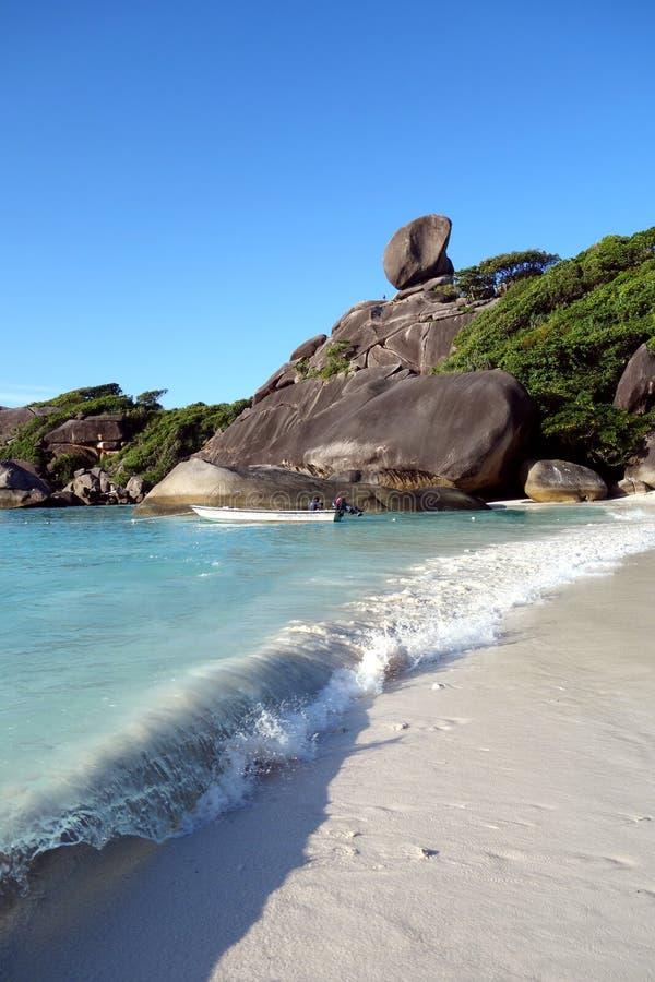 Belle roche en parc national de Similan photographie stock libre de droits