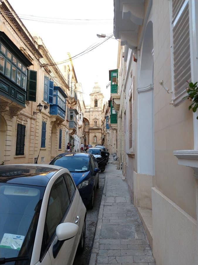 Belle rue à La Valette photo stock