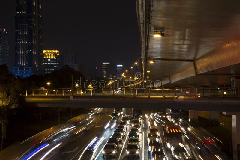 Belle scene di notte della città fotografia stock libera da diritti