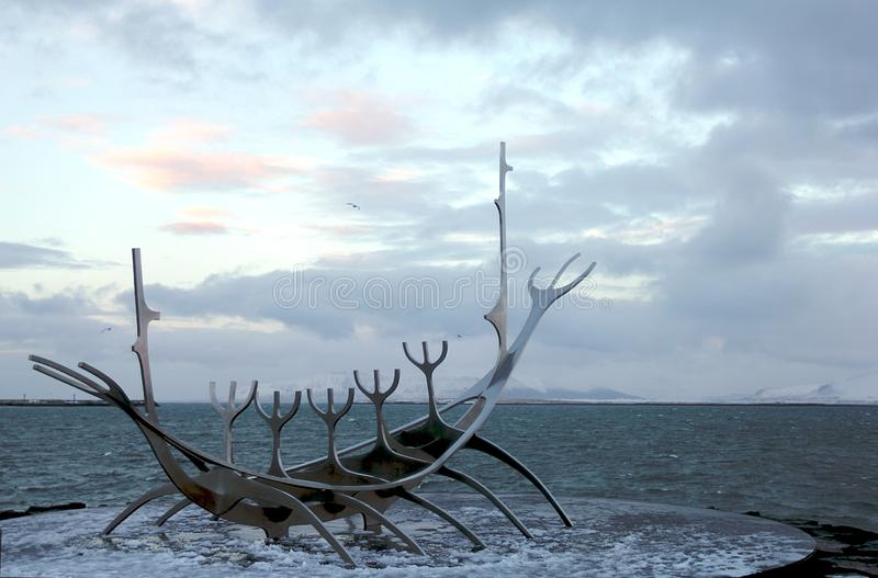 Belle sculpture en Solfar Sun Voyager à Reykjavik photo libre de droits