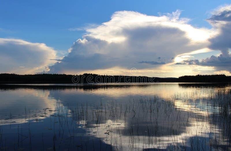 Belle soirée d'été dans Norrbotten photo stock