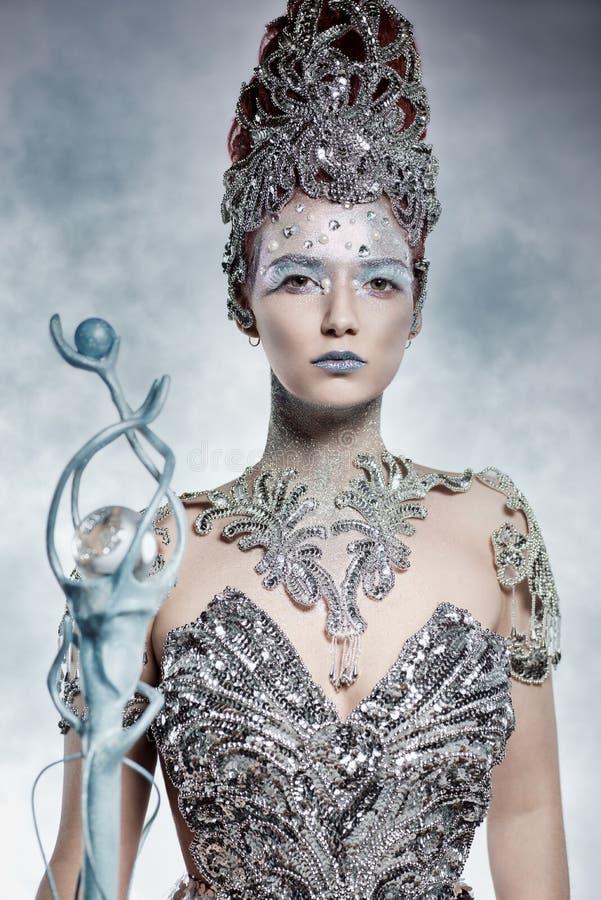 Belle sorcière d'hiver image libre de droits