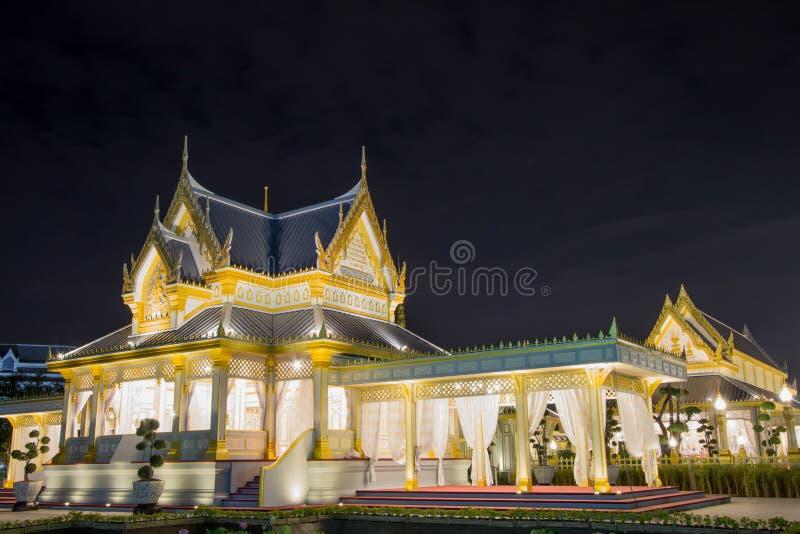 Belle strutture supplementari intorno al crematorio reale per la cremazione reale di re Bhumibol Adulyadej, Sanam L della Sua Mae fotografia stock