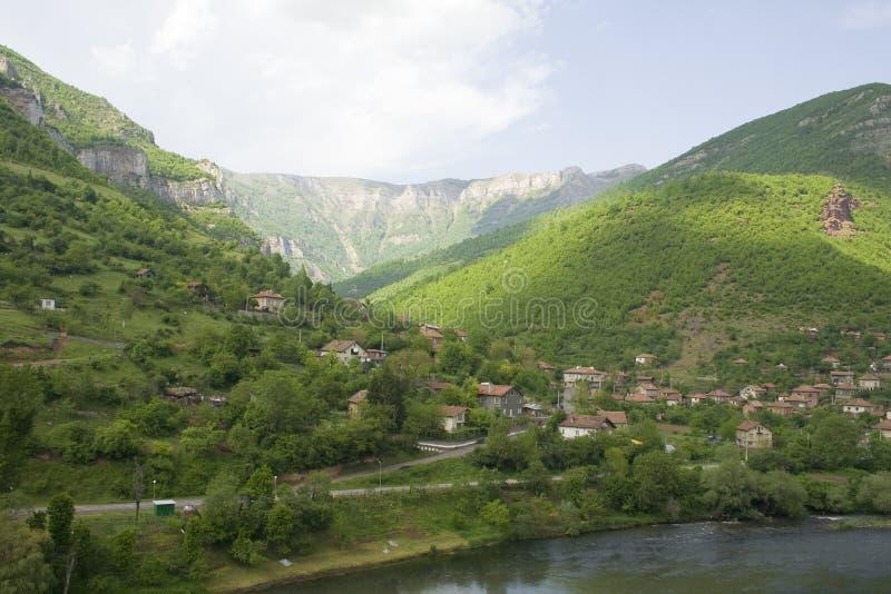 belle vallée de montagne image stock
