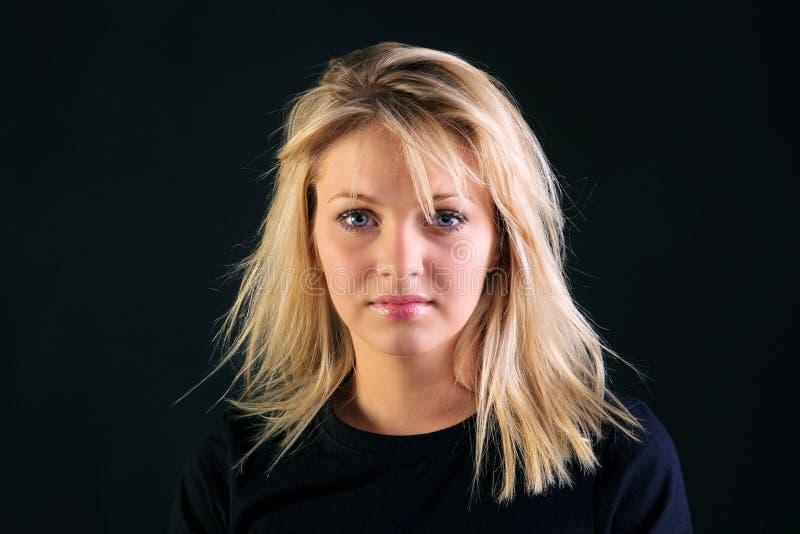 Belle verticale blonde photo stock