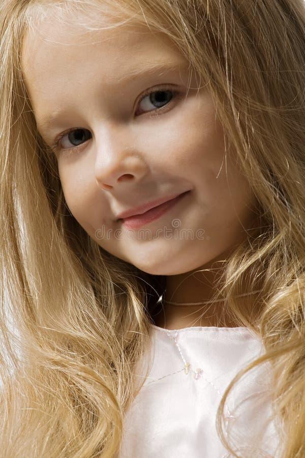 Belle verticale de petite fille images libres de droits