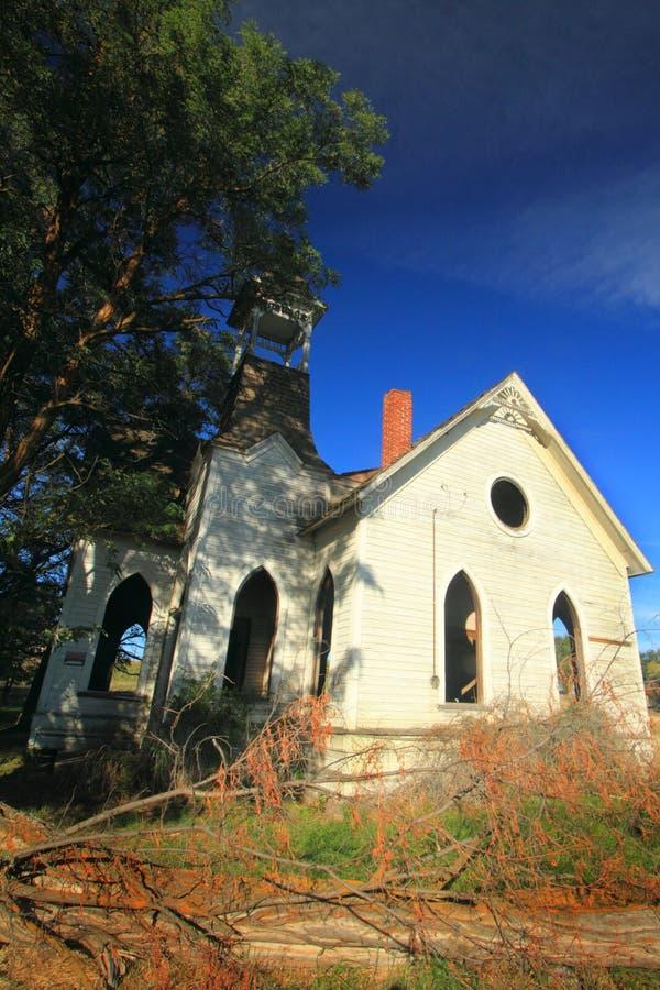 Belle vieille église abandonnée photographie stock libre de droits