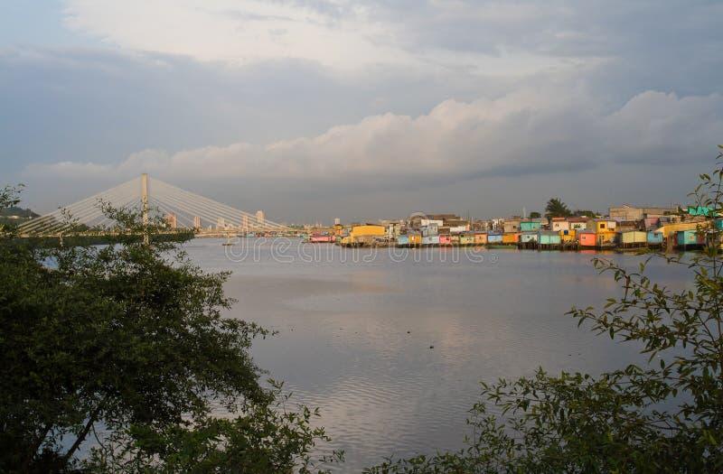 Belle ville de vue de Guayaquil, Equateur images stock