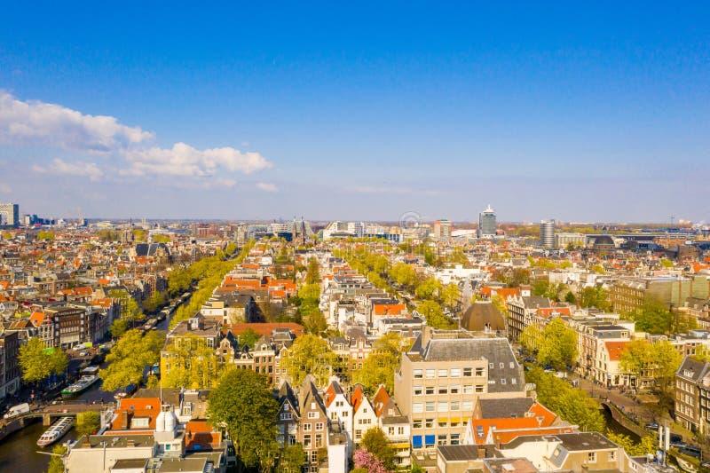 Belle vue aérienne d'Amsterdam d'en haut photo libre de droits