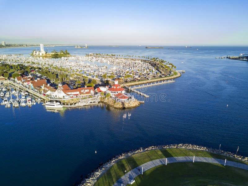 Belle vue aérienne d'après-midi autour de port d'arc-en-ciel photo stock