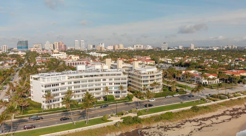 Belle vue aérienne de littoral de Palm Beach, la Floride photo stock