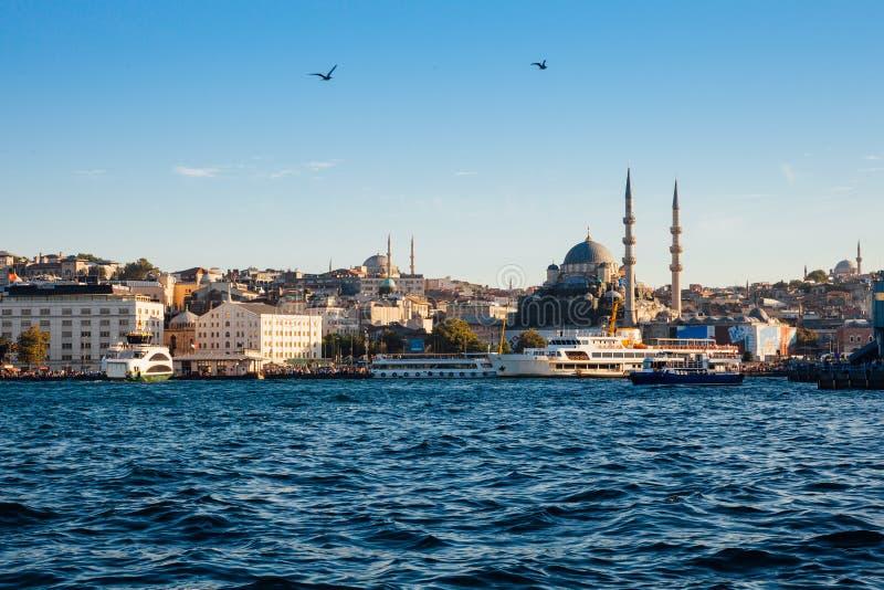 Belle vue d'horizon d'Istanbul au coucher du soleil, Turquie photo stock