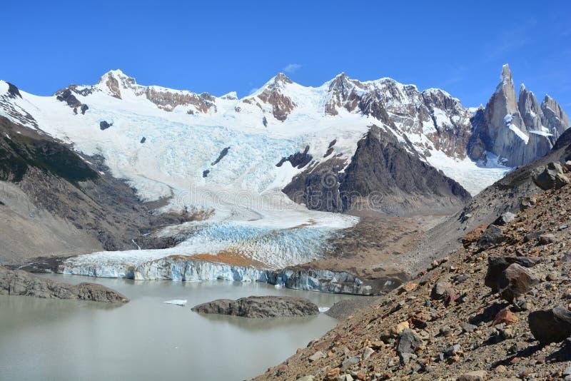 Download Belle Vue D'un Glacier à L'intérieur Du Parc National De Visibilité Directe Glaciares, EL Chaltén, Argentine Photo stock - Image du stationnement, ville: 87704954