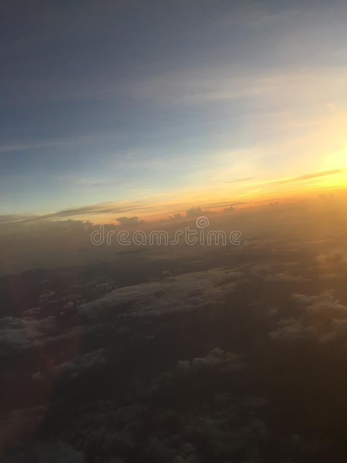 Belle vue de couchers du soleil image stock
