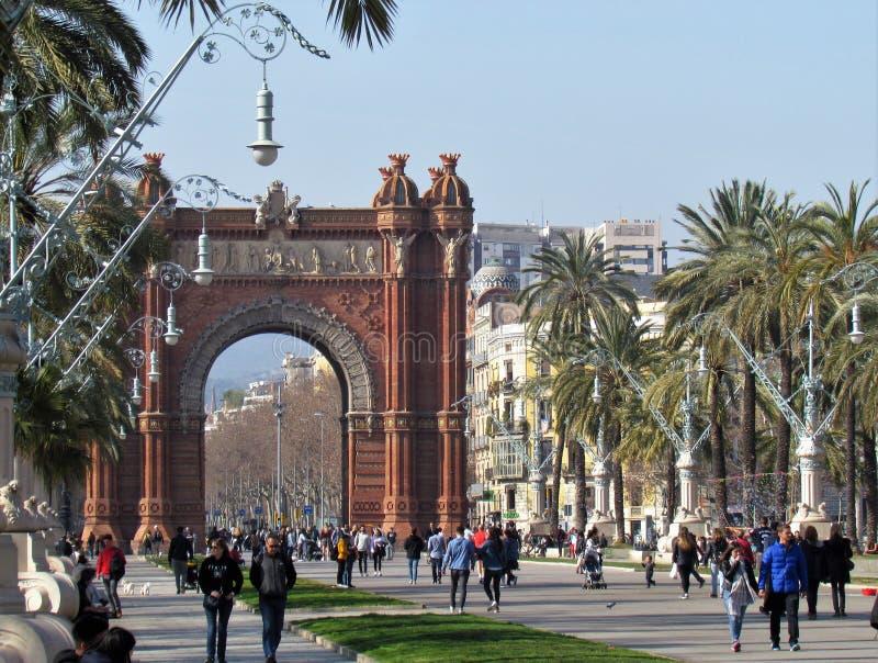 Belle vue de l'arc de Triumf à Barcelone photos libres de droits