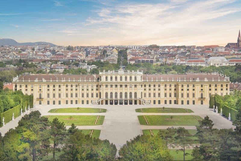 Belle vue de palais de Schonbrunn à Vienne, Autriche images libres de droits