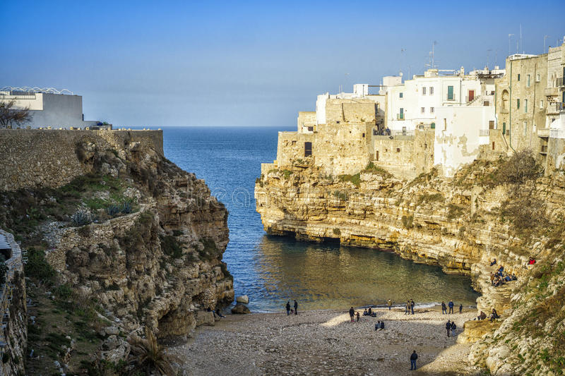 Belle vue de Polignano, Italie photo stock