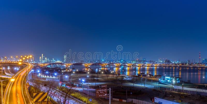 Belle vue de ville de nuit de la Corée Séoul images stock