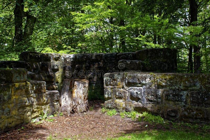 Belle vue des ruines du vieux château et de ses environs photo libre de droits