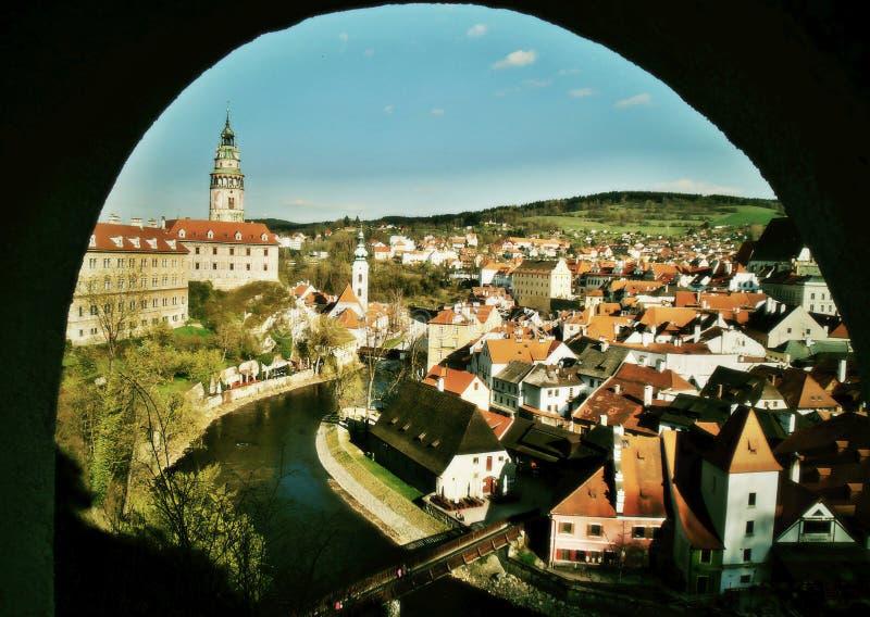 Belle vue du Krumlov tchèque images libres de droits