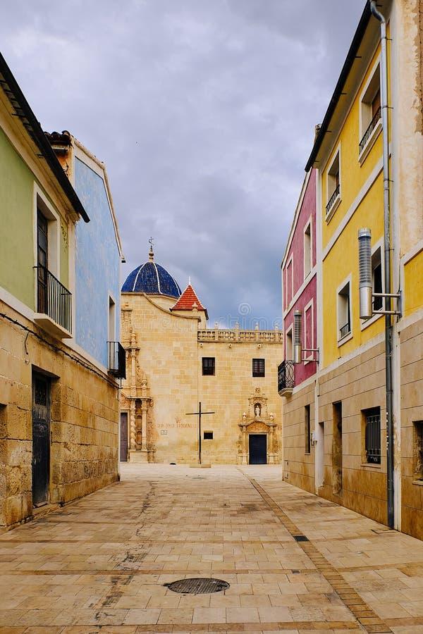 Belle vue du monastère de Santa Faz de la rue de maire de Paseo Alicante l'espagne images stock