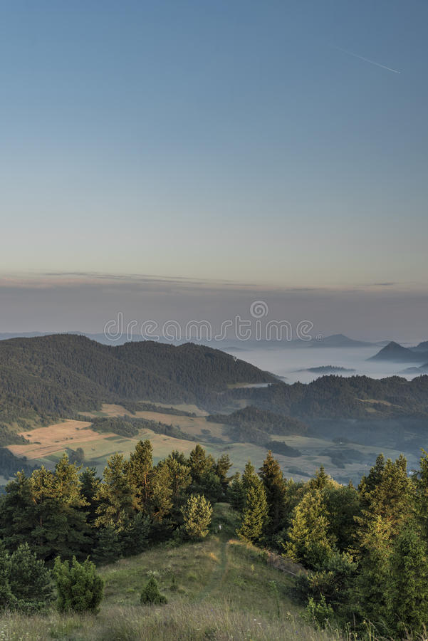 Belle vue en parc national de Pieniny photos libres de droits