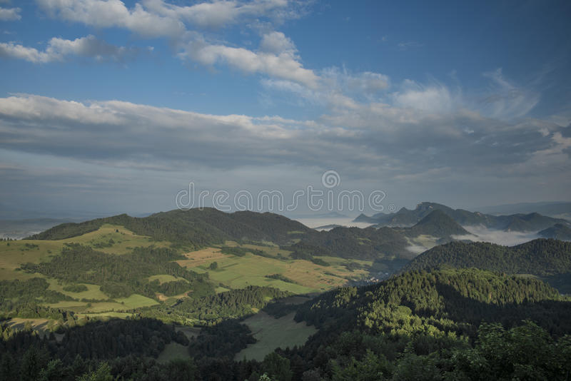Belle vue en parc national de Pieniny images stock