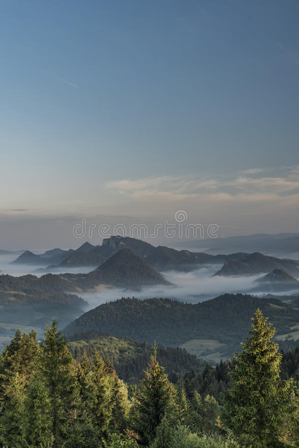 Belle vue en parc national de Pieniny photo libre de droits