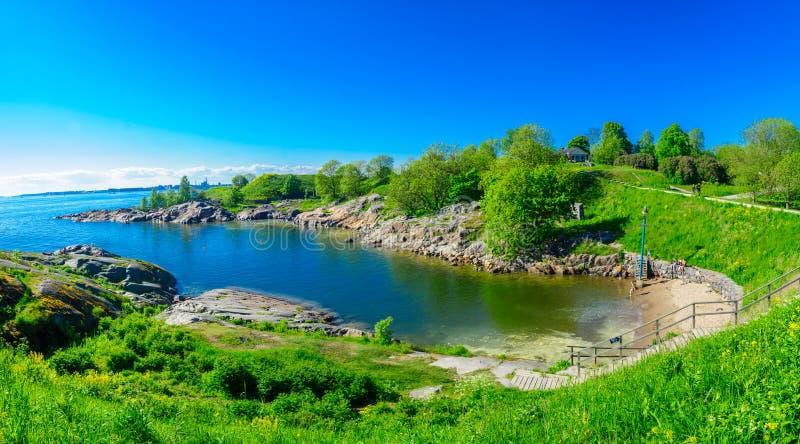 Bellen und ein Strand in Suomenlinna-Insel, in Helsinki stockbilder