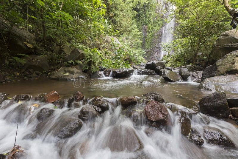Belles cascades cachées chez Bali du nord images libres de droits