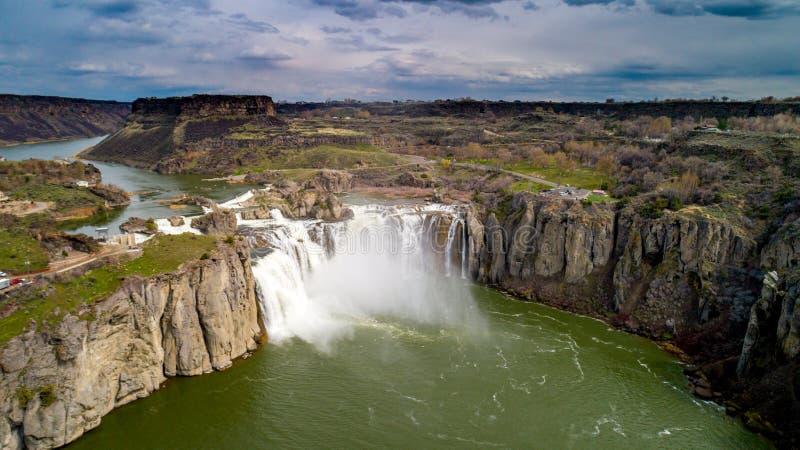 Belles chutes de Shoshone sur la rivière Snake en Idaho pendant l'écoulement de ressort images libres de droits