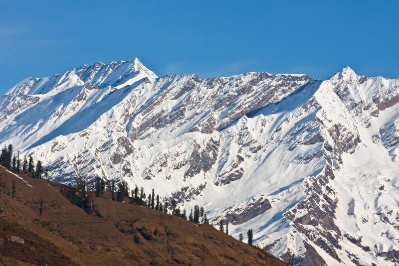 Belles crêtes de l'Himalaya photographie stock libre de droits