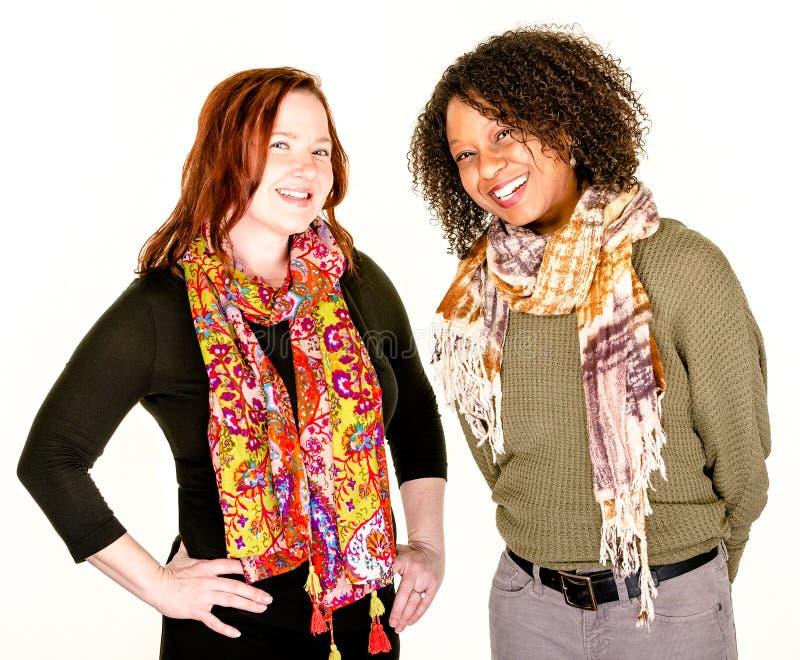 Belles femmes modernes dans des écharpes photos stock