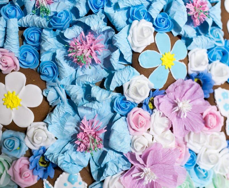 Belles fleurs bleues artificielles comme fond image stock