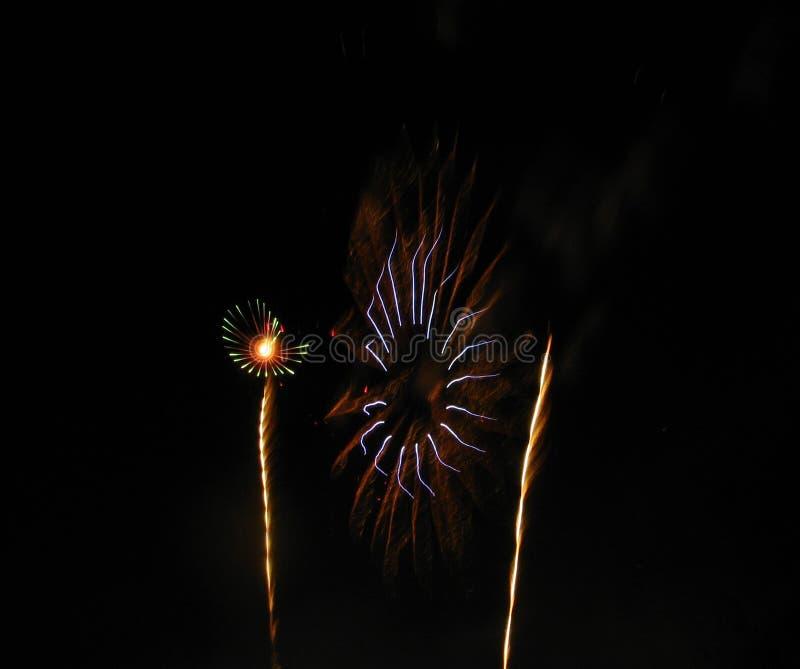 Belles formes des feux d'artifice image libre de droits