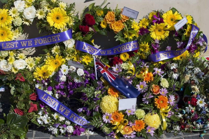 Belles guirlandes florales sur Anzac Day dans l'Australie occidentale de Bunbury photos libres de droits