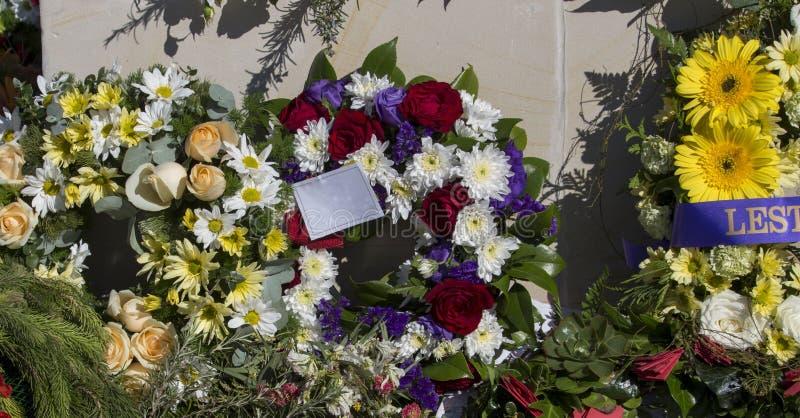 Belles guirlandes florales sur Anzac Day dans l'Australie occidentale de Bunbury photo libre de droits