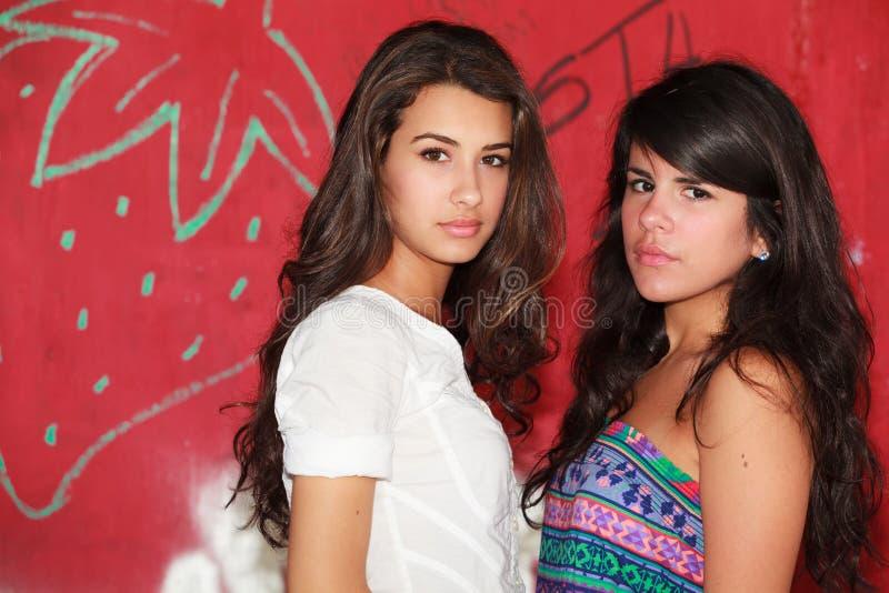 Belles jeunes femmes photos libres de droits