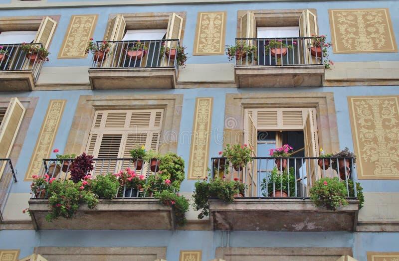Belles maisons au Las Ramblas, Barcelone photos stock