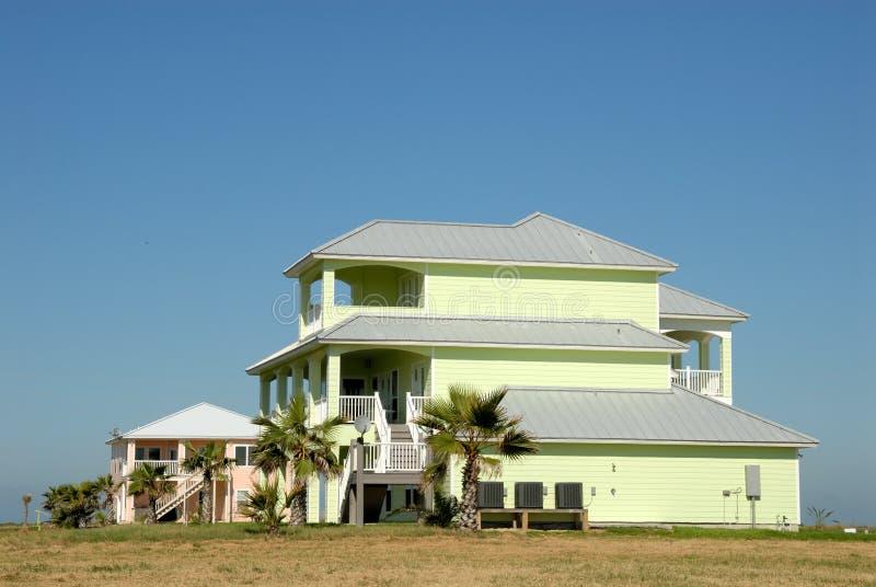 belles maisons aux etats unis photo stock image du duplex m ridional 7030854. Black Bedroom Furniture Sets. Home Design Ideas