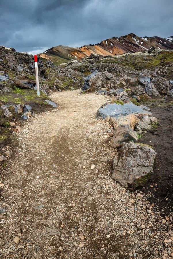 Belles montagnes volcaniques colorées Landmannalaugar en Islande, formation de la terre photos stock