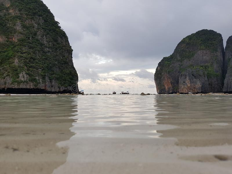 Belles plages en Thaïlande Phi Phi Island, plage de singe, Maya Bay image stock