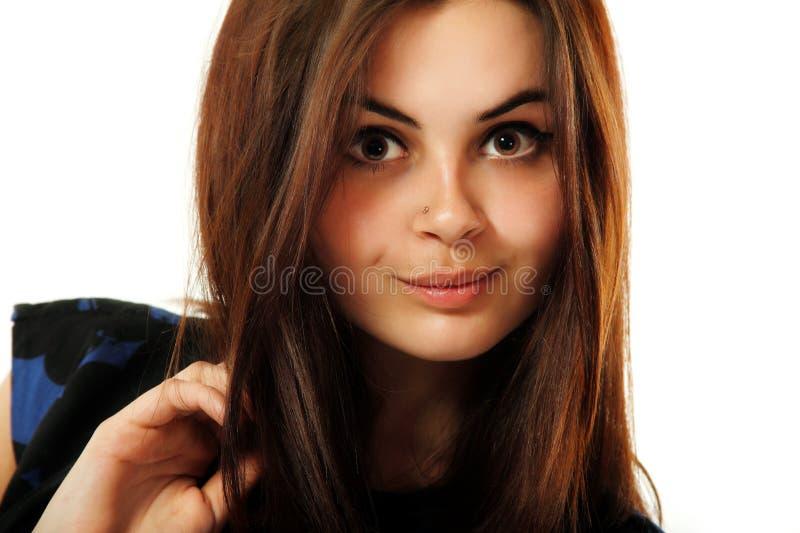 Belleza adolescente joven de la mujer aislada en blanco foto de archivo