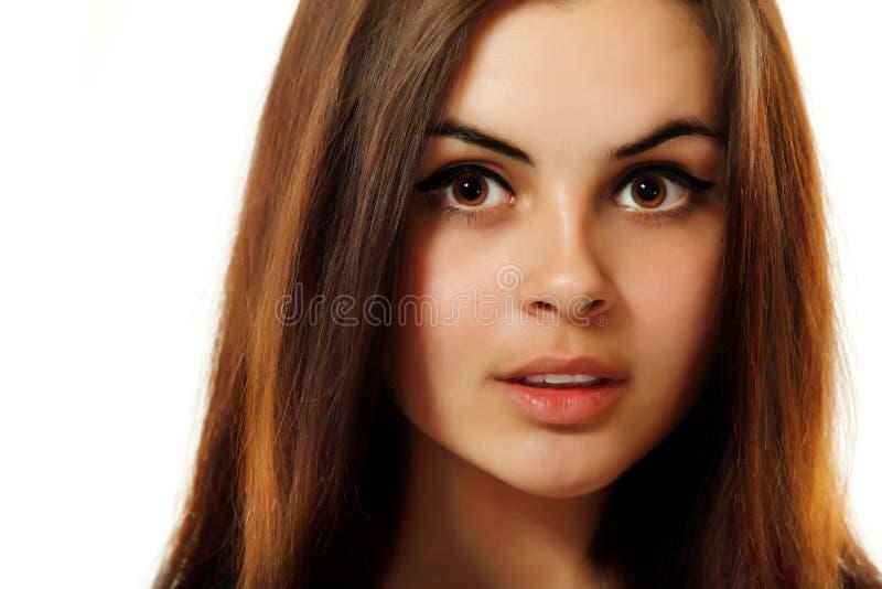 Belleza adolescente joven de la mujer aislada en blanco imagen de archivo