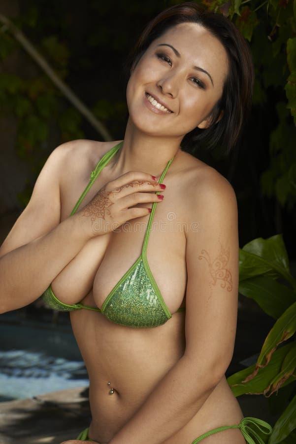 Belleza asiática al aire libre fotografía de archivo libre de regalías